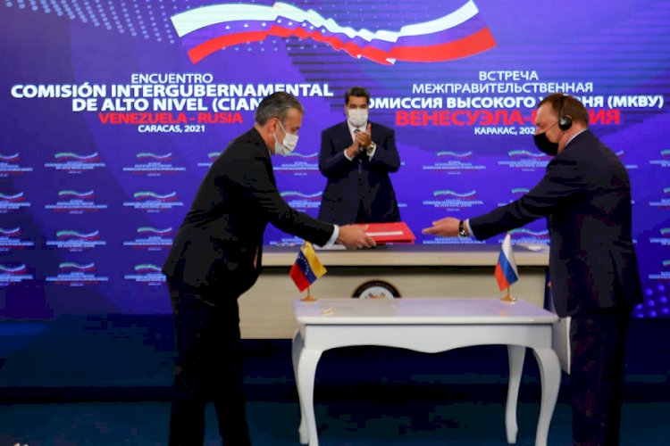 Venezuela firma acuerdo para la compra de la nueva vacuna rusa EpiVacCorona