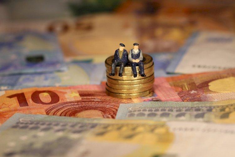 Los riesgos estructurales del sistema de pensiones públicas deEspaña