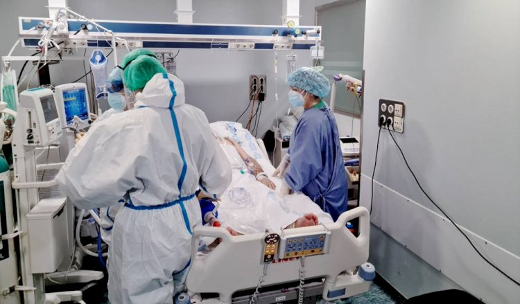 Sanidad registra 7.804 nuevos positivos y 102 fallecimientos