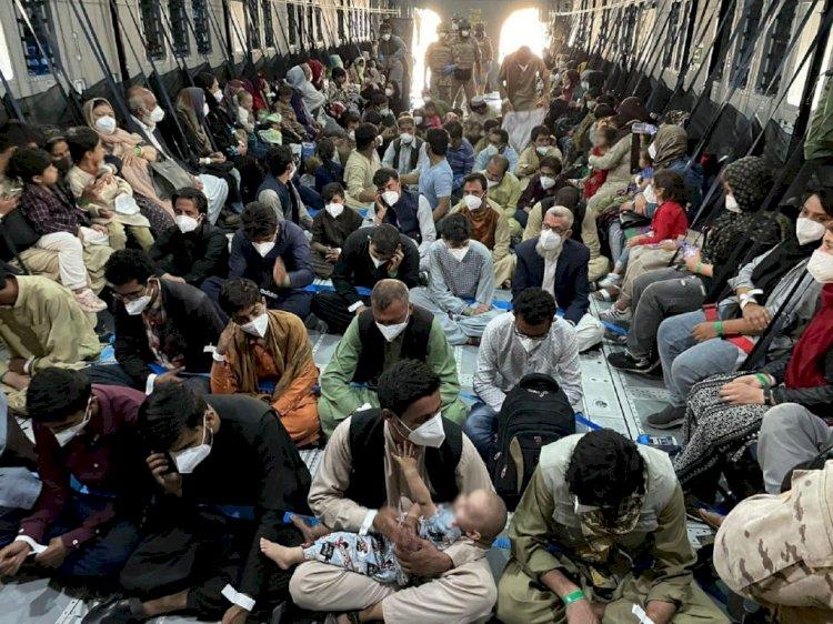 España dona 20 millones de euros para la asistencia humanitaria de los refugiados afganos