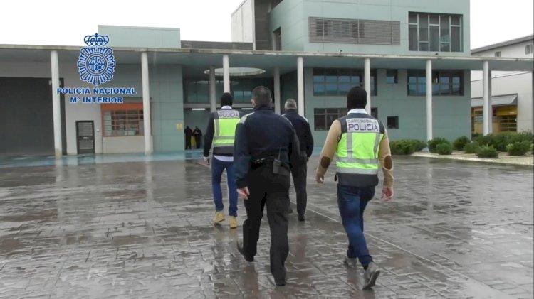 Detienen a varios policías y un guardia civil en una gran operación antidroga en Extremadura