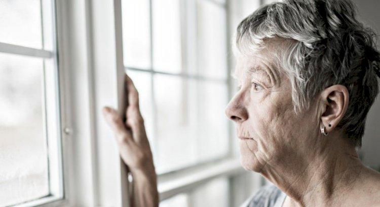 Ocho claves para distinguir el envejecimiento normal delalzhéimer