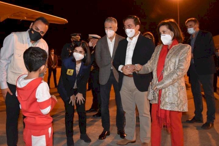 Llegan a España 160 afganos en el segundo vuelo de evacuación procedente de Pakistán